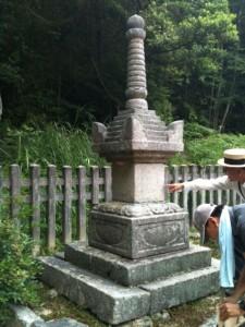 米山寺宝篋印塔