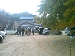 吉備津彦神社駐車場