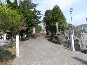 風雲の鷲尾山城と木梨杉原氏盛衰の跡を訪ねて01