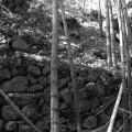 蛇円山山中に残る村の跡