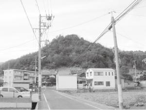 ⑩美しい山姿は「本庄富士」と称され親しまれている。